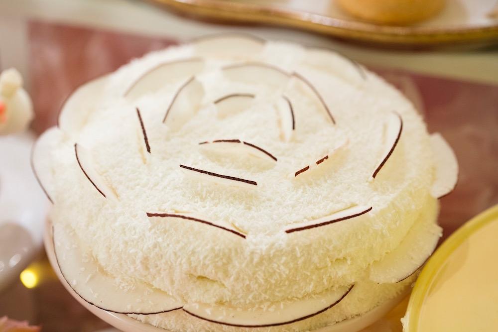 トコナッツ ココナッツ バナナとココナッツのケーキ