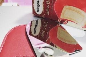 ハーゲンダッツのミラー(鏡)アイスクリーム バー・ジューシーバー『白桃&ベリー』