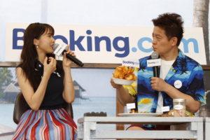 Bookimg.com Cafe オープン記念イベントに登場した、佐野ひなこさんとスピードワゴン