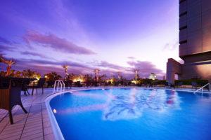 ホテルニューオータニ大阪のナイトプール「THE WATER TERRACE」