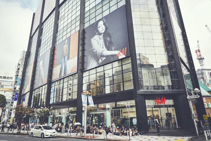 安室奈美恵「Namie Amuro x H&M」秋の新コレクション・ローンチ(H&M 渋谷店の行列)