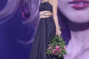 紗栄子、「神戸コレクション 2018 AUTUMN/WINTER」初出演でトップバッターを飾る