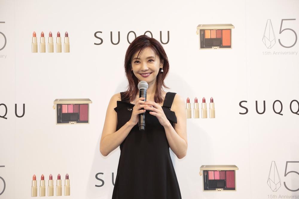 """倉科カナ(女優)がモードメイクで登場!「SUQQU 15th ANNIVERSARY POP UP EVENT""""美の衝撃""""」 オープニングイベント"""