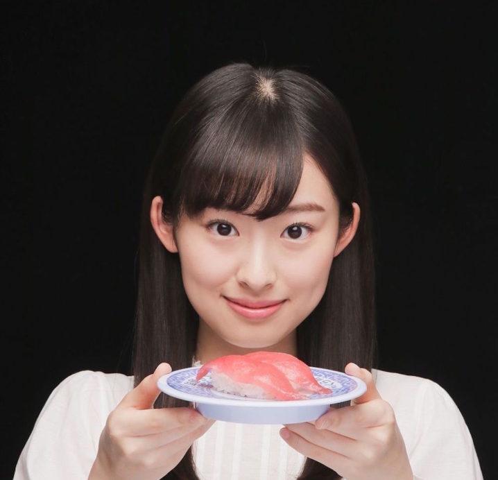 井本彩花 @無添くら寿司 CM