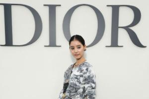 新木優子、パリで開催の「ディオール 2019春夏 プレタポルテ コレクション ショー」