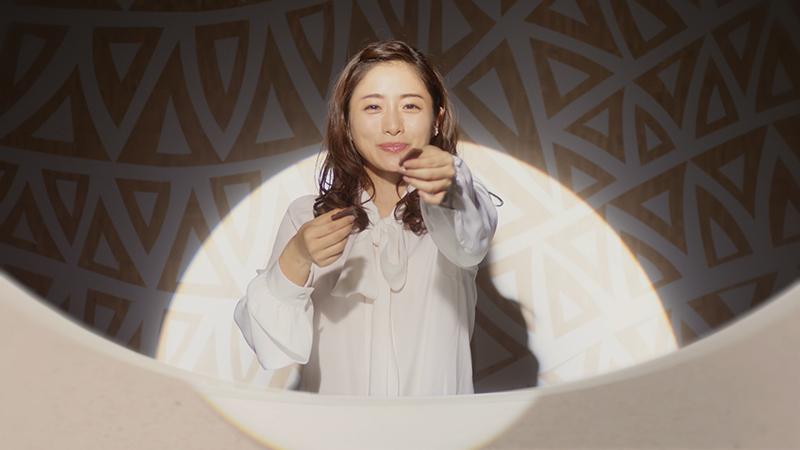 石原さとみ・「明治 ザ・チョコレート」新CM 女優