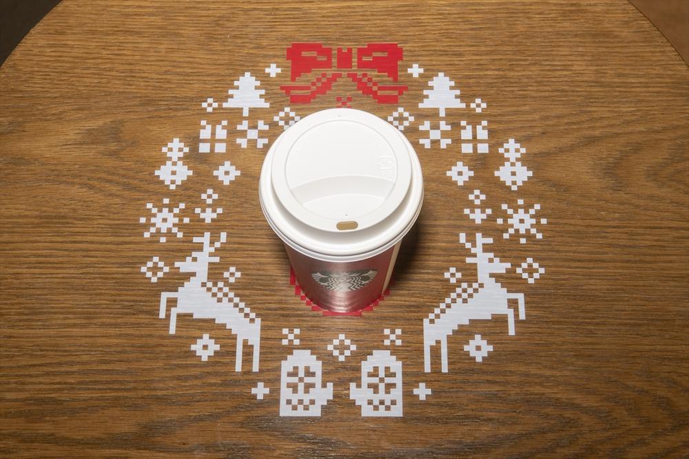 スターバックス コーヒー・東京ドームシティ ラクーア店でのクリスマス演出 (2018年)