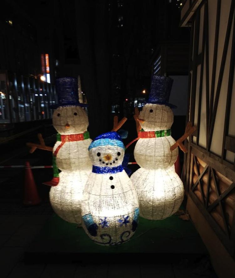 札幌・大通公園のホワイトイルミネーション
