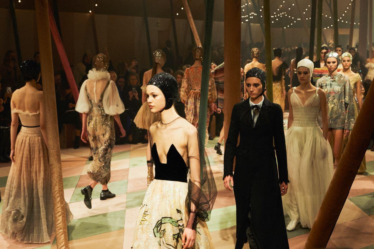 Dior(ディオール)2019春夏オートクチュール コレクション ショー