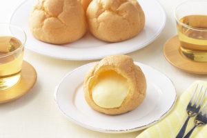 銀座コージーコーナーの「ジャンボシュークリーム」