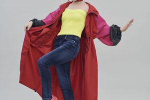 仲里依紗、RED CARDが提案する最新作の究極デニム着用
