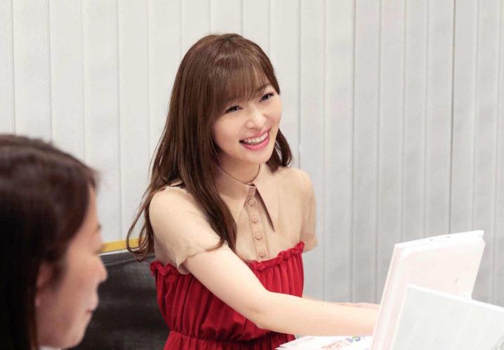 指原莉乃(AKB48)/カラコンプロデュースのための座談会