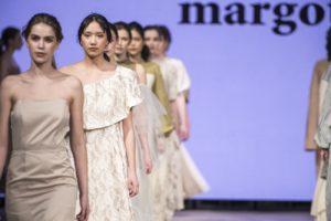 今井華が手がけるブランド「margot」/バンクーバーファッションウィークにてショーにて