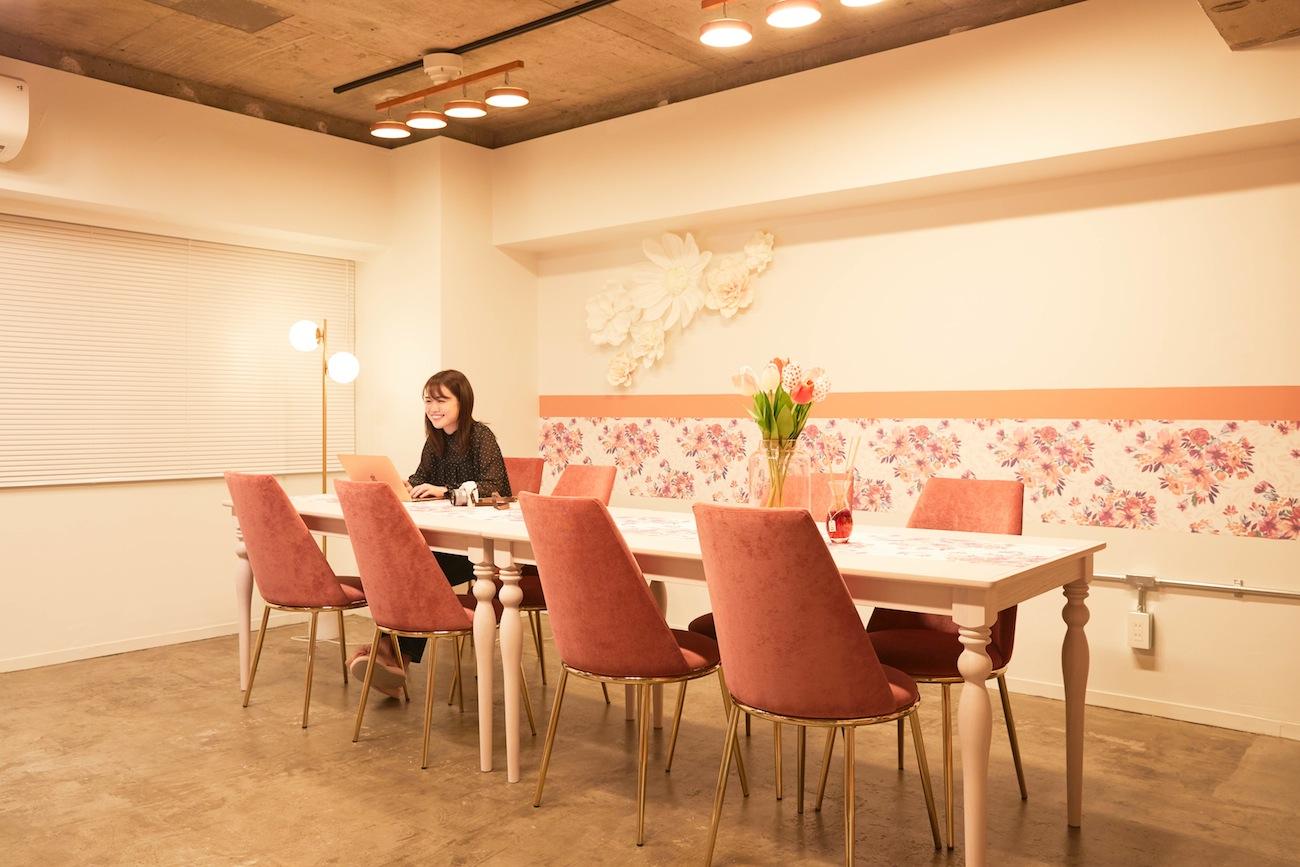 ゆうこす(菅本裕子)のオフィスをROOM COSME(改造計画)/After