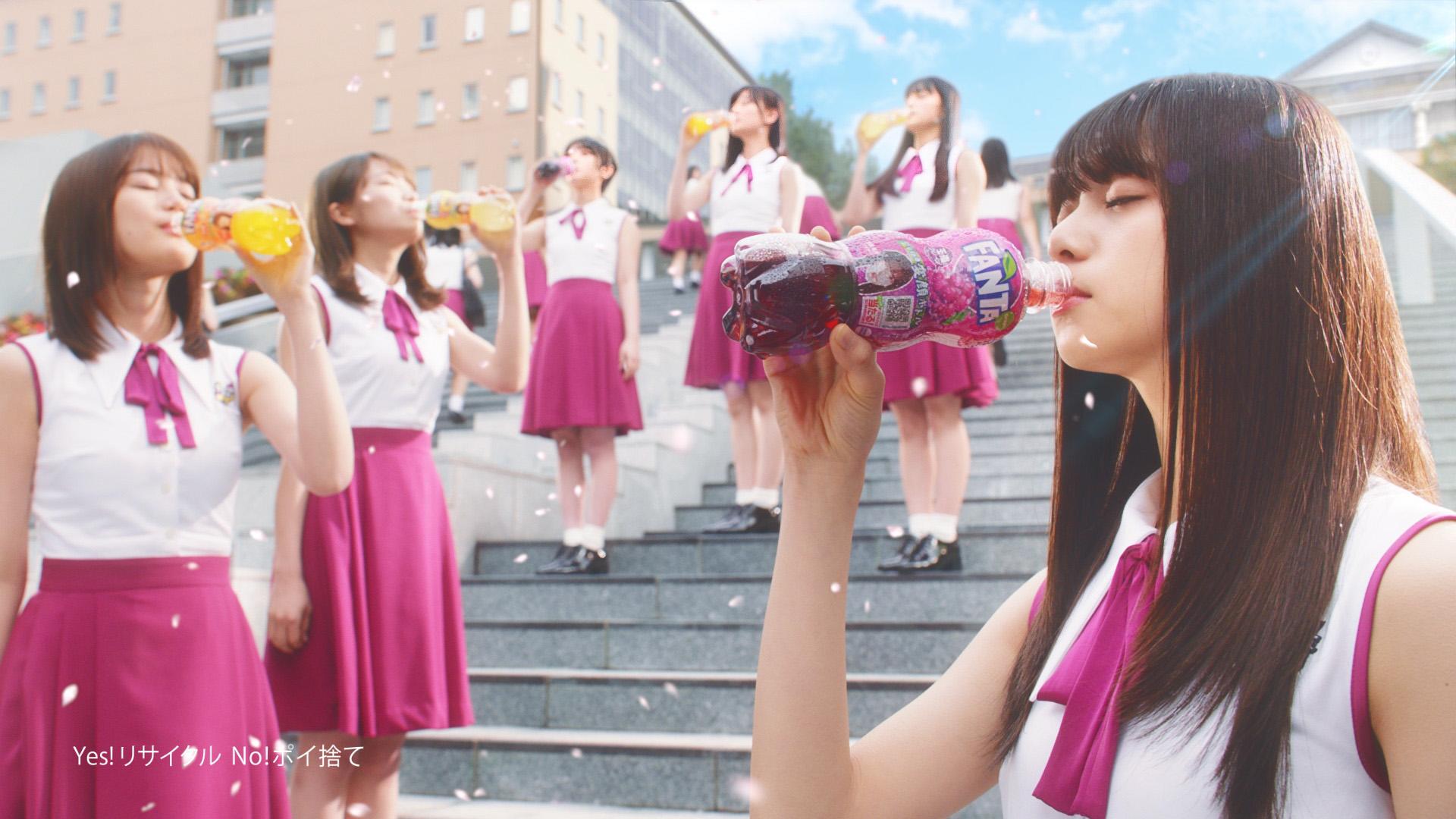 乃木坂46/ファンタ・新TVCM『ファンタ坂学園 変顔ボトル』篇