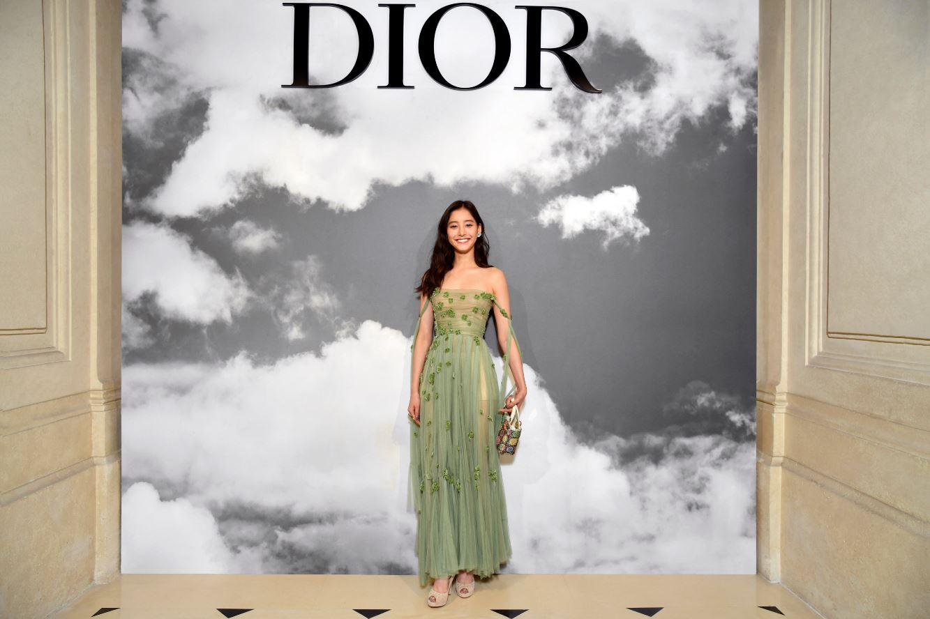 新木優子/【DIOR】CELEBRITIES AT DIOR HAUTE COUTURE AUTUMN-WINTER 2019-2020 COLLECTION(2019年7月1日)